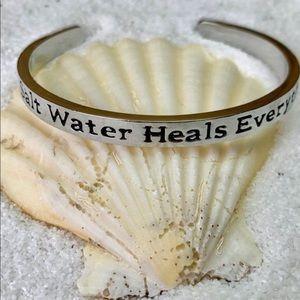 Salt Water  Bracelet 🏝  *Sale - Jewelry 3/$15*